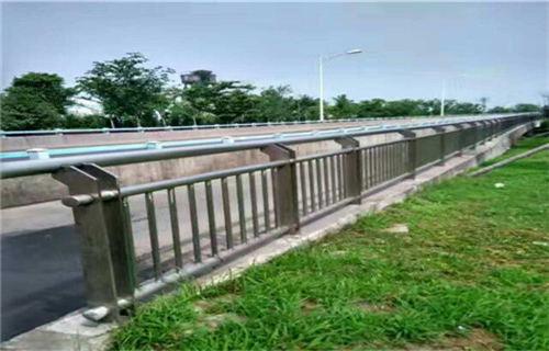 青海不锈钢复合管护栏厂生产销售