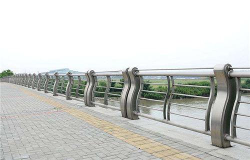 唐山景观不锈钢桥梁护栏稳定牢固