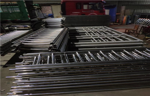 海北102*3不锈钢复合管桥梁护栏欢迎订购