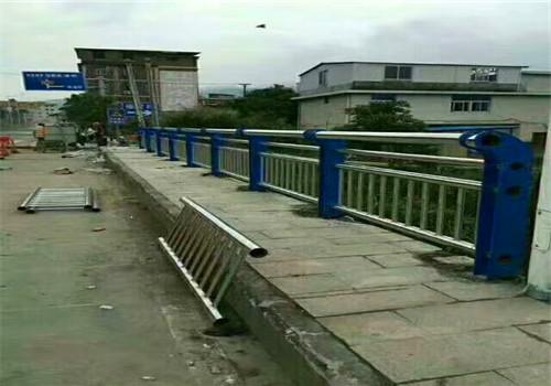 东营桥梁扶手不锈钢管