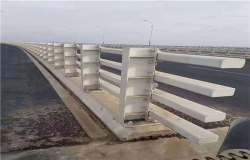 龙岩桥梁护栏立柱设计