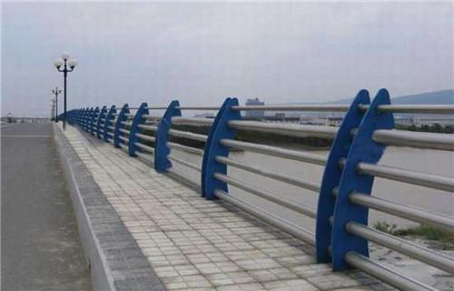 孝感桥梁护栏钢板立柱生产