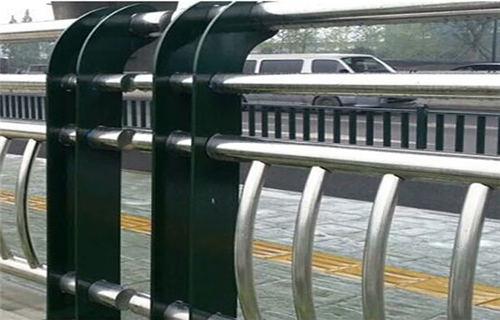 福建河道桥梁护栏性能介绍