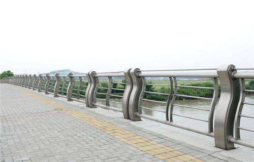 山西桥梁立柱可按需求定制
