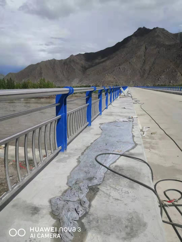 唐山市201不锈钢复合管护栏 欢迎来电咨询