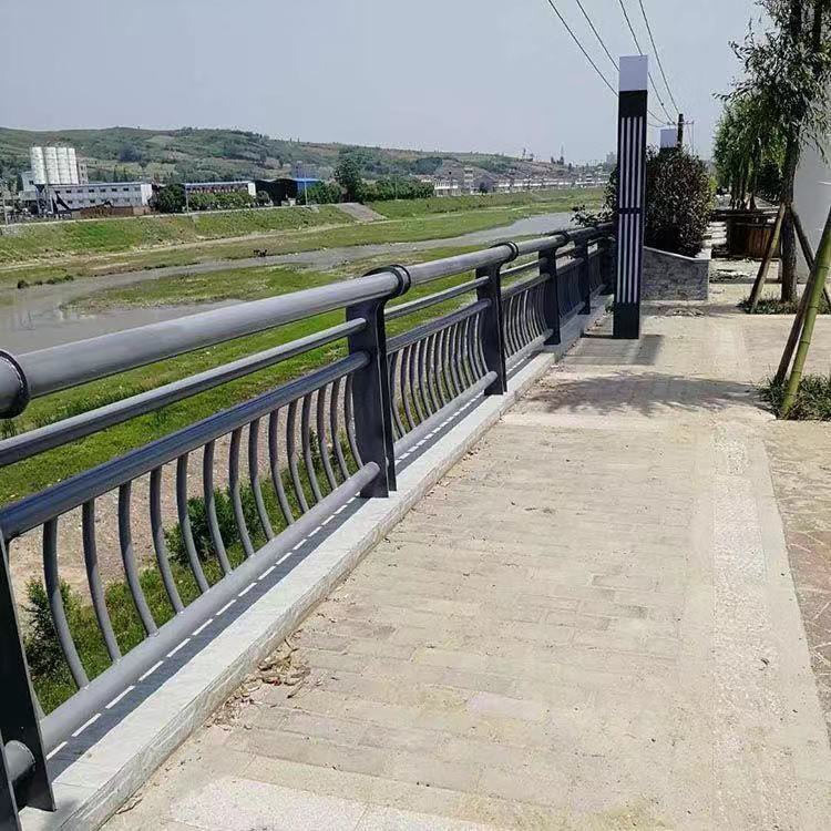 台湾景区木栈道拉索护栏专业制造厂
