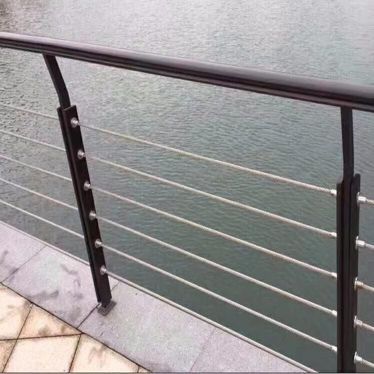 上海市不锈钢防撞栏杆放心选购