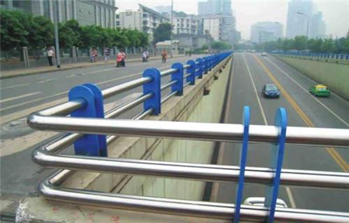 黄南桥梁栏杆价格表