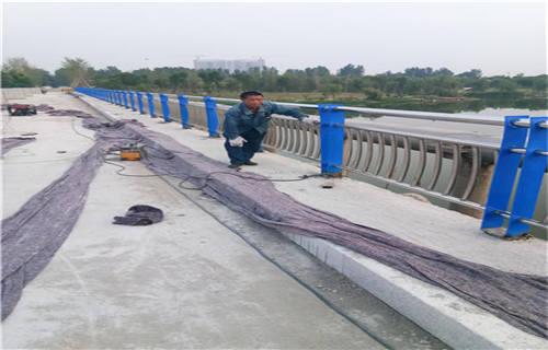 海东不锈钢复合管护栏价格低