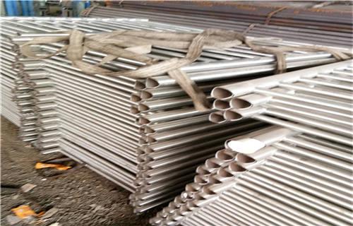 伊犁304不锈钢复合管护栏款式定制