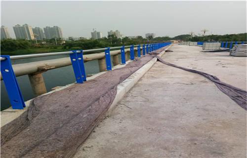 海北不锈钢复合管道路护栏技术服务