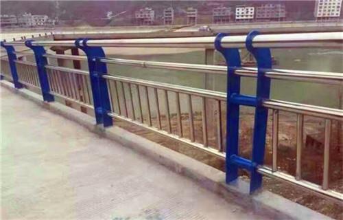 台湾不锈钢复合管护栏扶手价格咨询