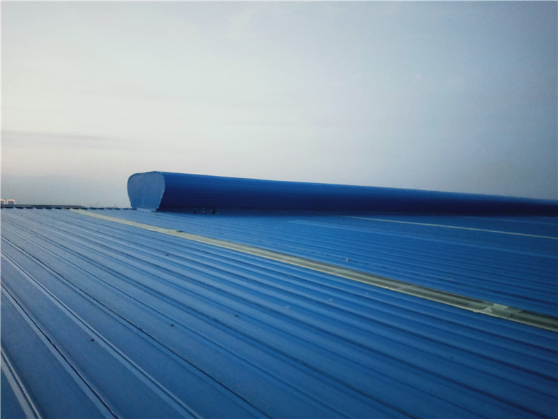 海北三角型采光排烟天窗厂家安装案列