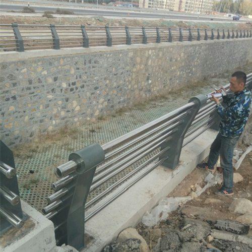 苏州景观不锈钢桥梁护栏价格优惠