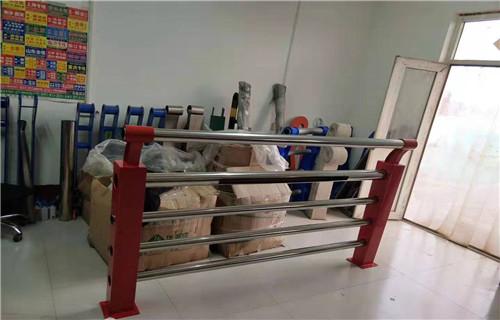 赣州不锈钢复合管立柱优质商品价格