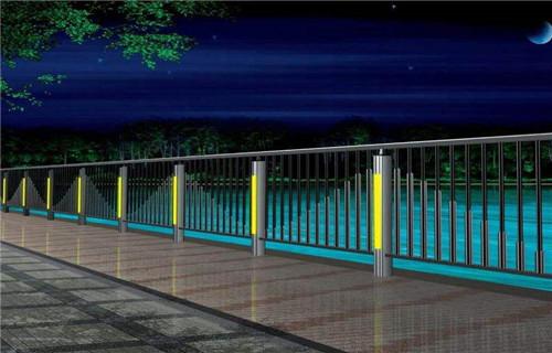上海灯光桥梁护栏款式新颖