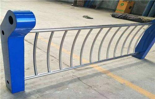 承德不锈钢复合管栏杆值得信赖