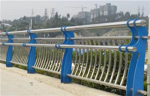 黔东南不锈钢复合管河道护栏厂家报价