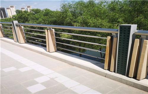 天津60*3不锈钢复合管护栏质量认证