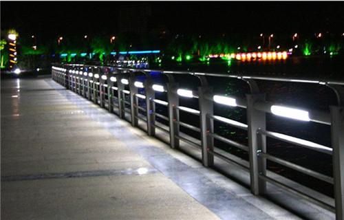张家界灯光桥梁护栏生产厂家