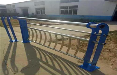 上海不锈钢复合管景观护栏款式新颖
