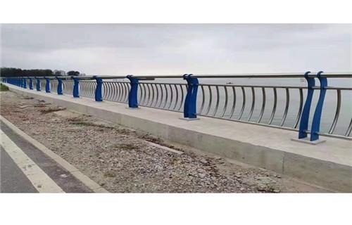 台湾灯光桥梁护栏按需定制