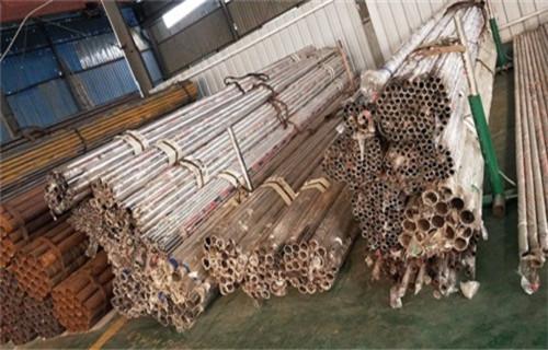 青海防护栏立柱厂家直销