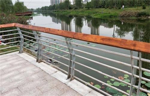 海东201不锈钢复合管护栏厂家直销