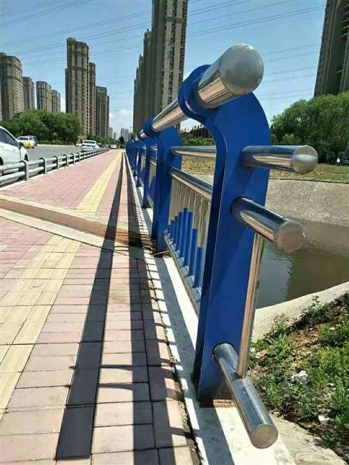 天津不锈钢桥梁景观护栏质量可靠