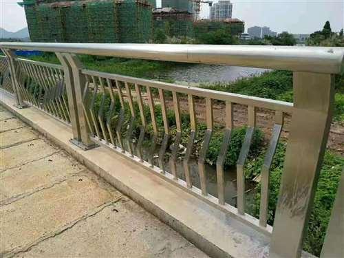 天津不锈钢内衬碳素复合管厂家直销