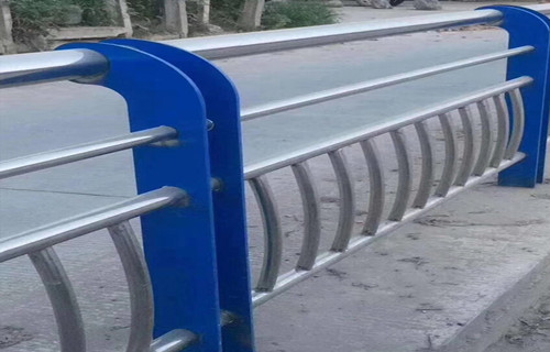 张家界不锈钢栏杆容易清洗