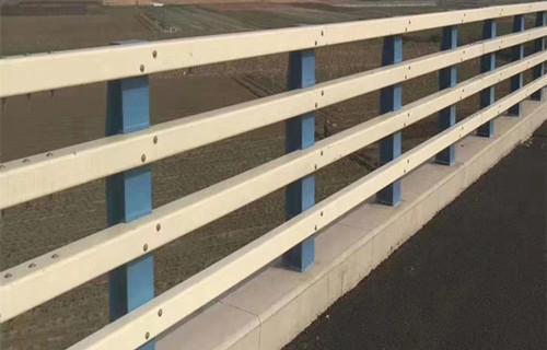 吉林铸造石防撞护栏厂家是什么组成