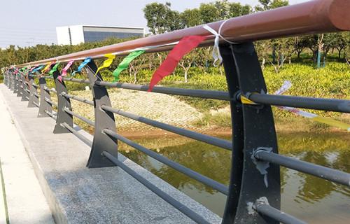 大理102*2不锈钢复合管栏杆
