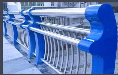 赣州桥梁方管护栏技术先进