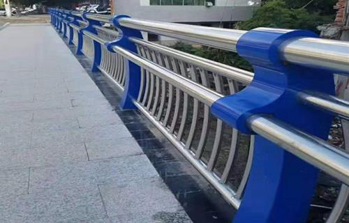 苏州钢丝绳栏杆厂家技术先进