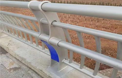 张家界河道桥梁护栏基地检验标准