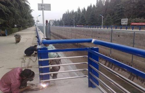 苏州不锈钢复合管护栏设计新颖