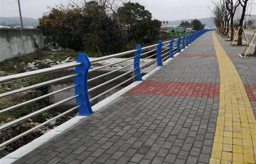 海北桥梁防撞护栏经济适用