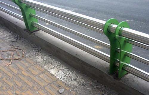 苏州不锈钢复合管护栏样品展示