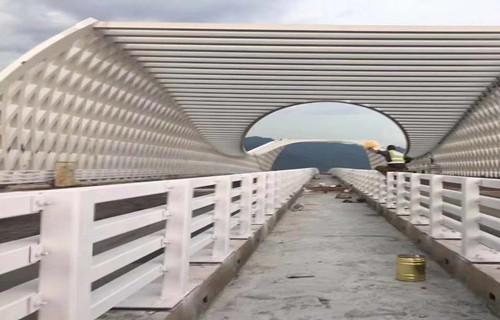 唐山防撞护栏设计新颖