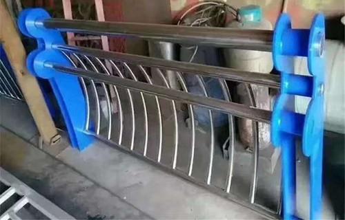 海西不锈钢护栏加工定制