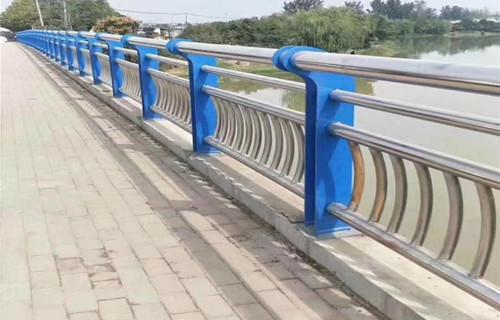 承德白钢护栏服务完善
