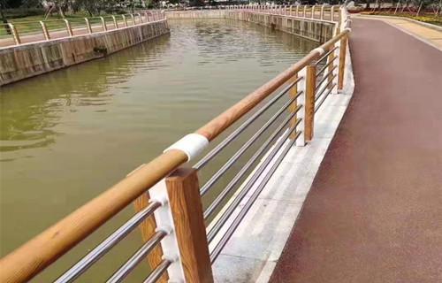 重庆河道护栏定做加工