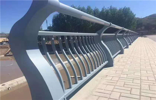 台湾防撞立柱护栏定制安装质量优发货快售后满意
