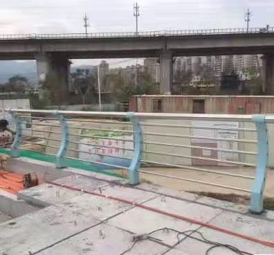 唐山桥梁护栏栏杆价格优惠