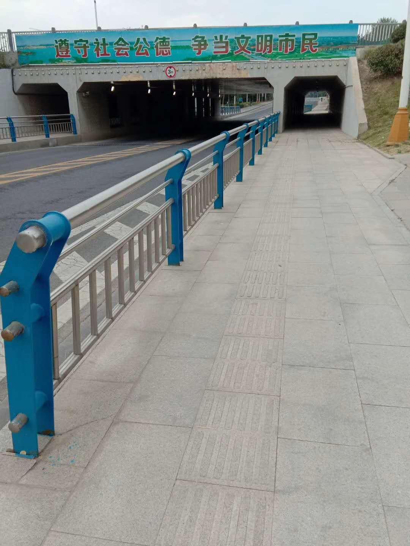 苏州道路不锈钢复合管性价比高