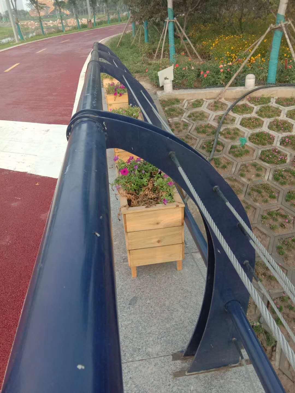 唐山不锈钢桥梁防护栏杆生产销售