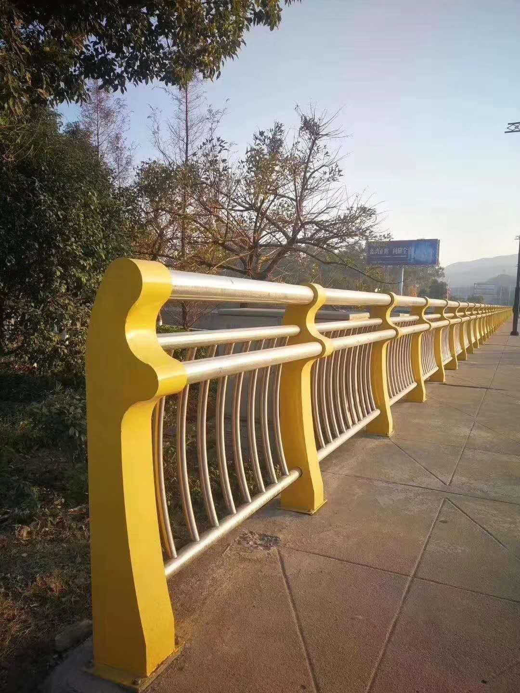 天津景观不锈钢桥梁护栏结实耐用