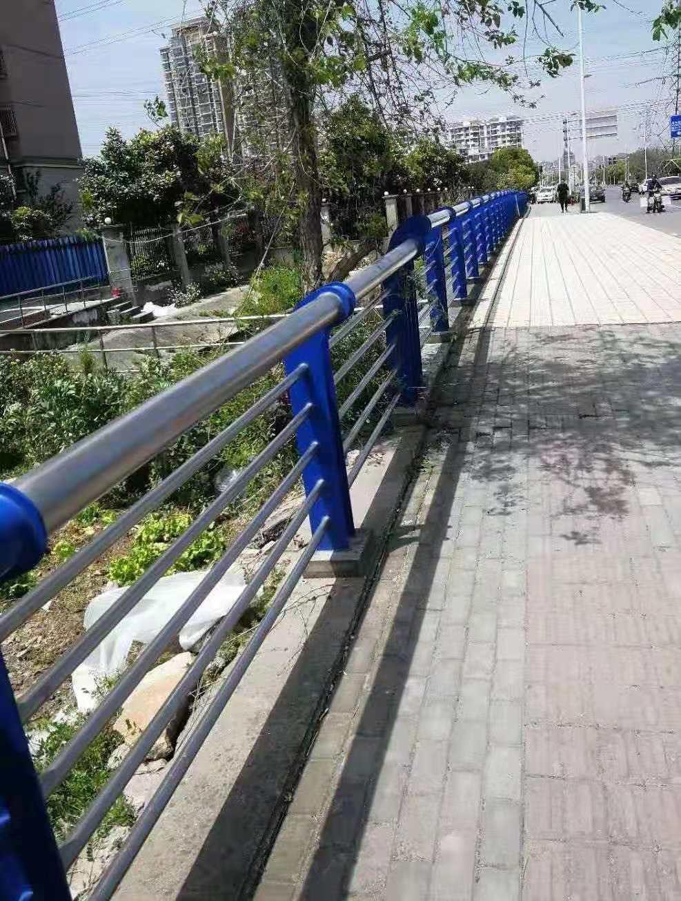 天津不锈钢河道护栏性价比高