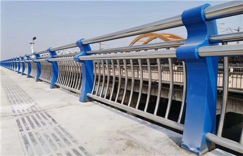 贵港市政护栏实体老厂家